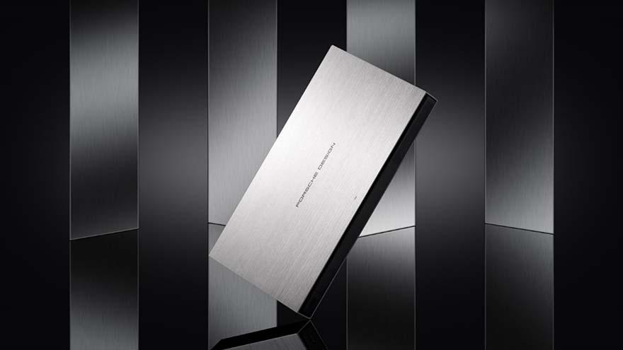 极米携代言人王子文发布RS系列新品 用光影重塑艺术生活